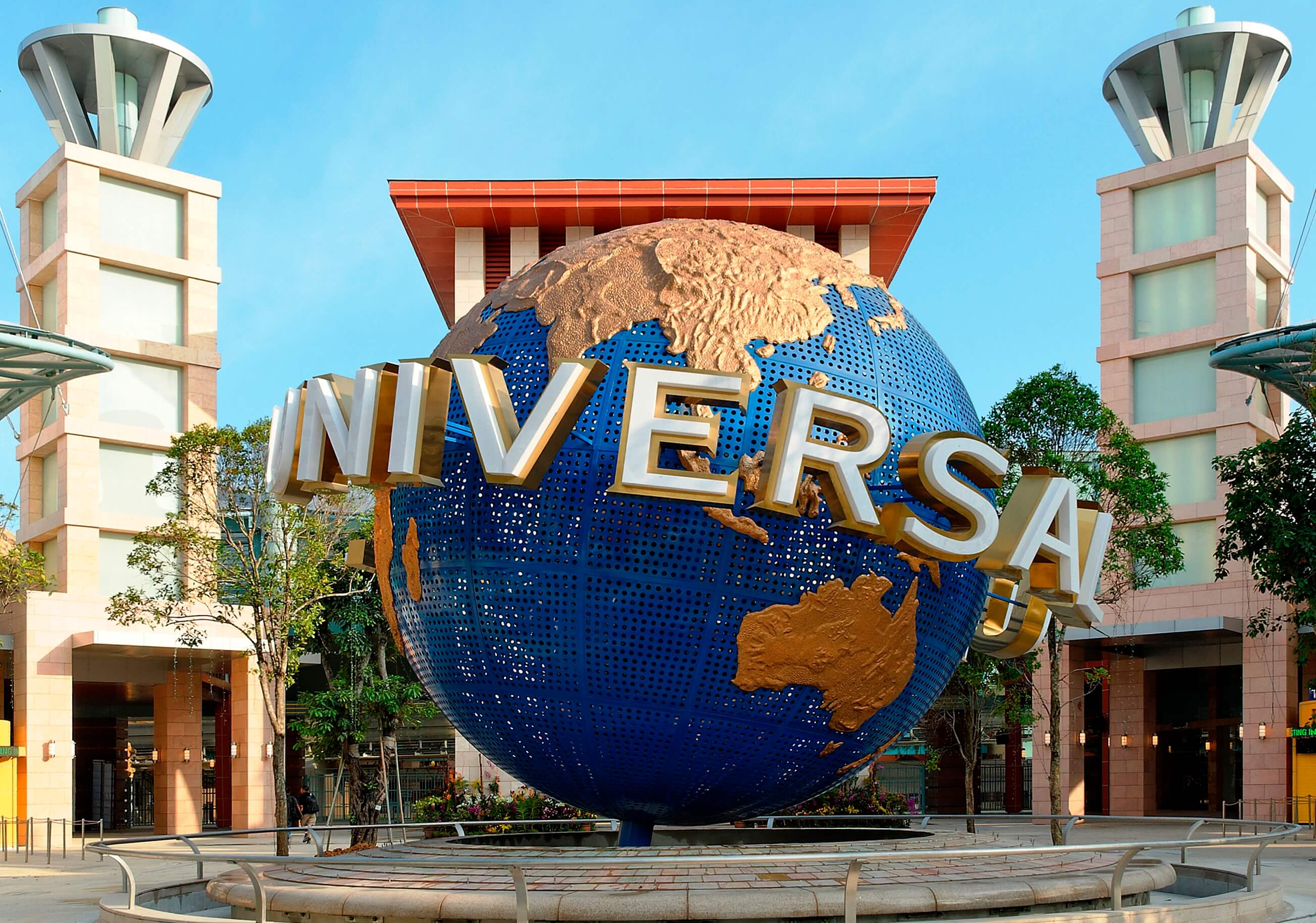 Universal Studio Singapore Entrance Globe - Must See Places in Singapore and Malaysia