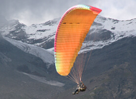 Paragliding in Manali - Adventure Enthusiast