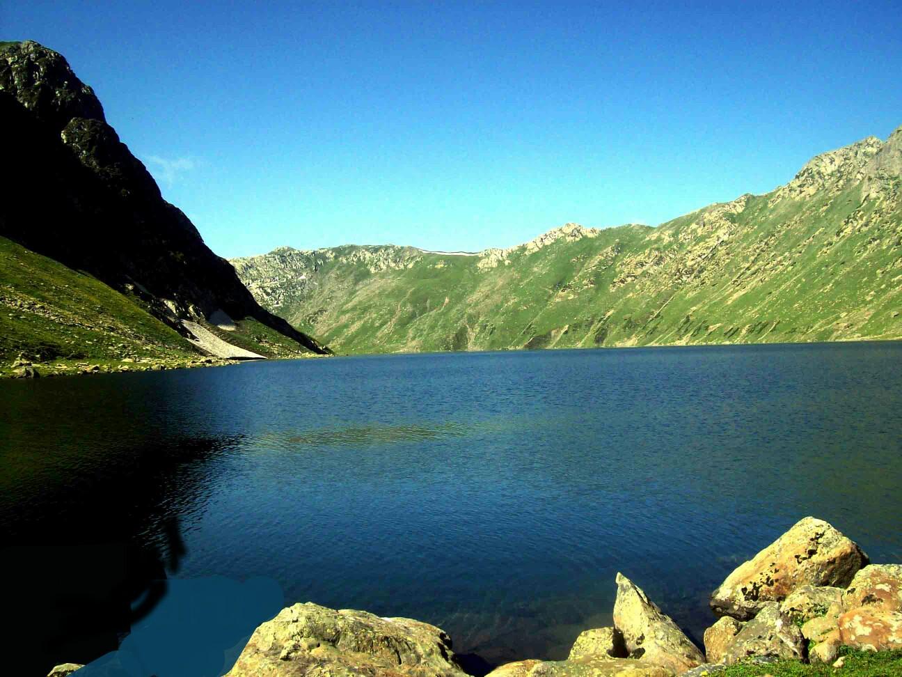 Tarsar-Marsar Lake Trek
