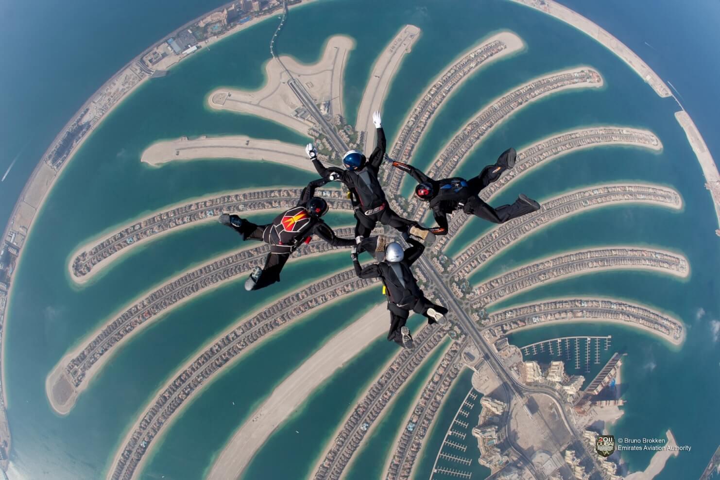 Skydiving Palm Jumeirah - Dubai