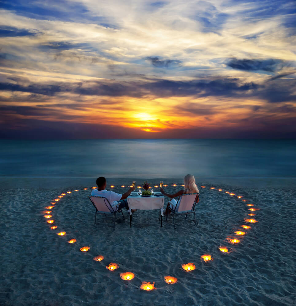 Maldives Beach - Romantic Dinner