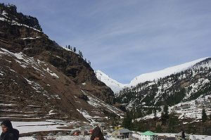 Manali Beseeches with its Scenic Beauty and Adventure Sports