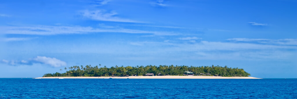 Explore Beautiful White Beaches with Fiji Holidays - Thomas Cook India