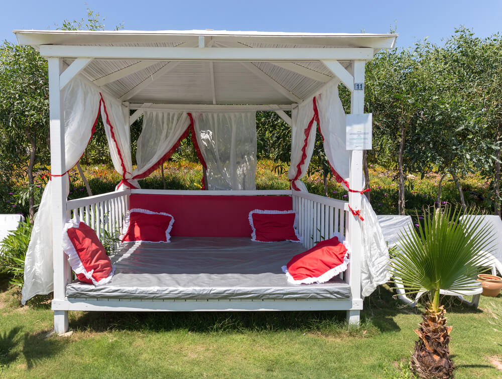 Beautiful Bungalows for Relaxation on the Beach - Romantic Honeymoon