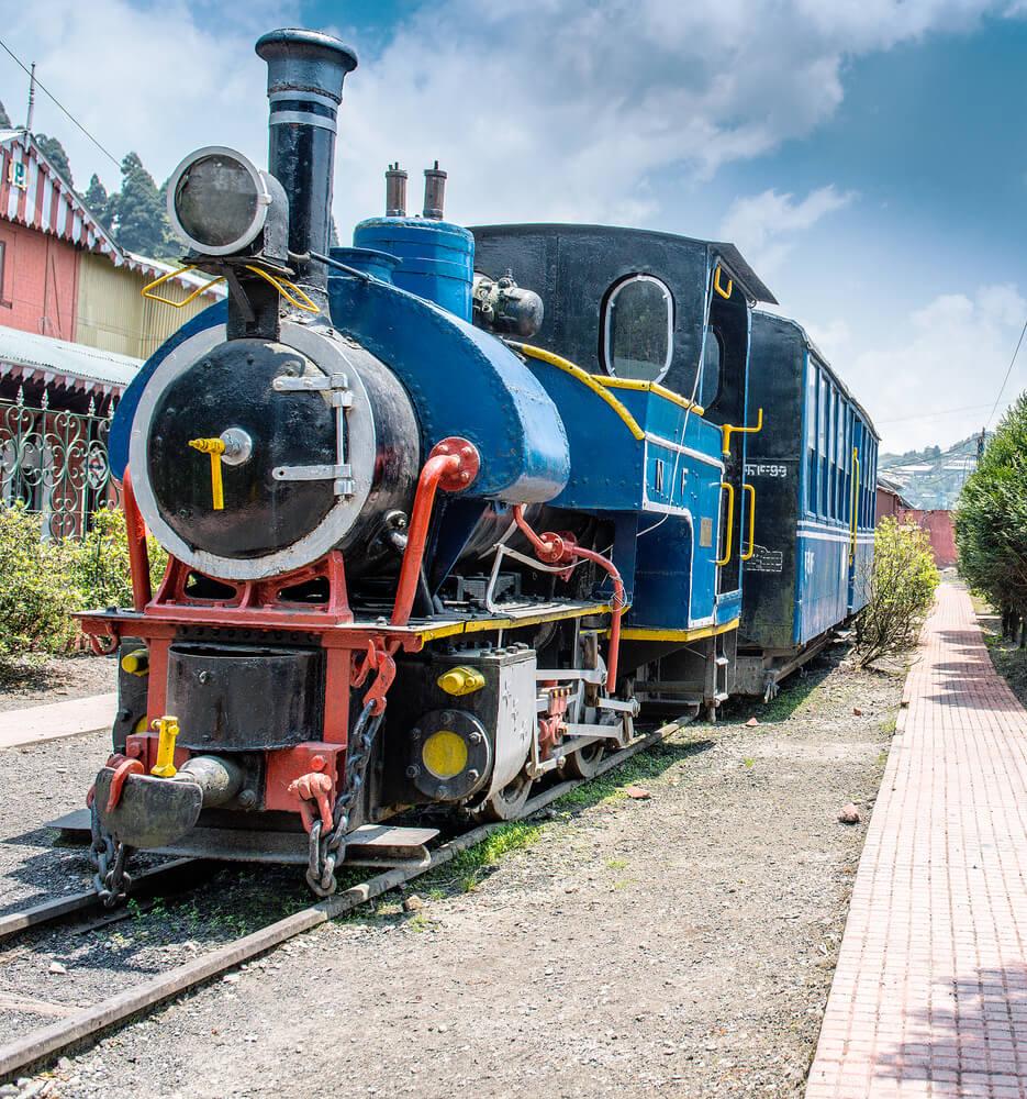Famous Mountain Railway - Toy Train
