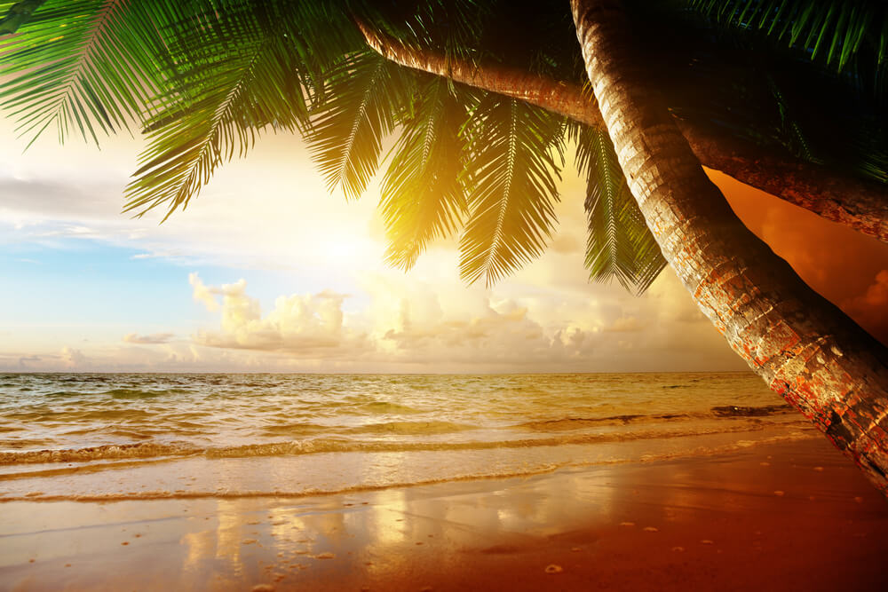 Sunrise on Beach - Honeymoon Packages