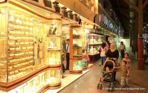 Experience The Magical Souks Of Dubai - Thomas Cook India Travel Blog