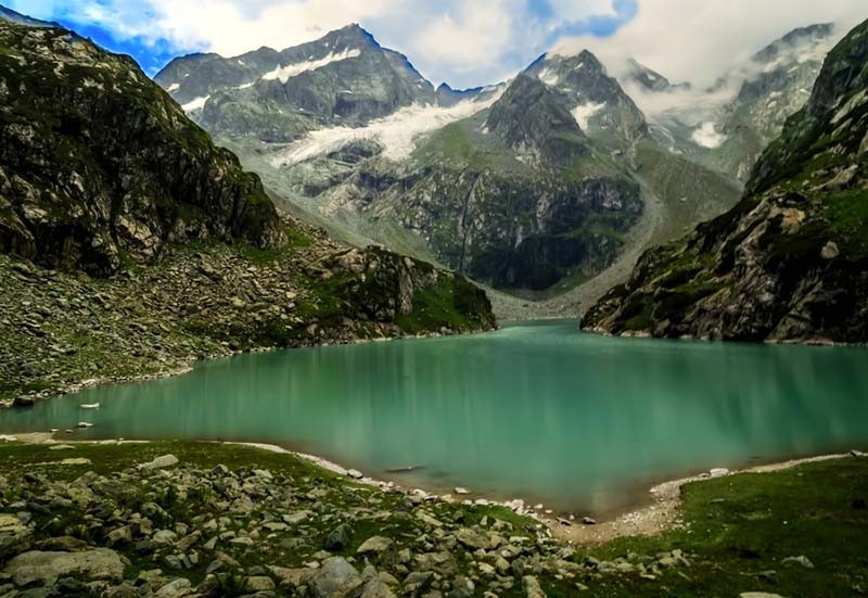 Explore the unexplored land of Kashmir
