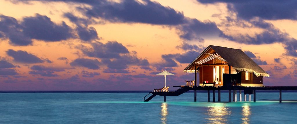 destination-maldives-hero-one-and-only-reethi-rah-overwater-bungalow-2000x837