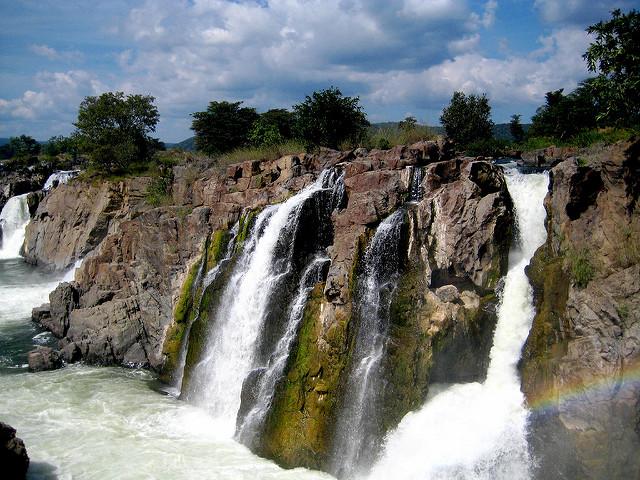 Hogenakkal Falls - Tamil Nadu