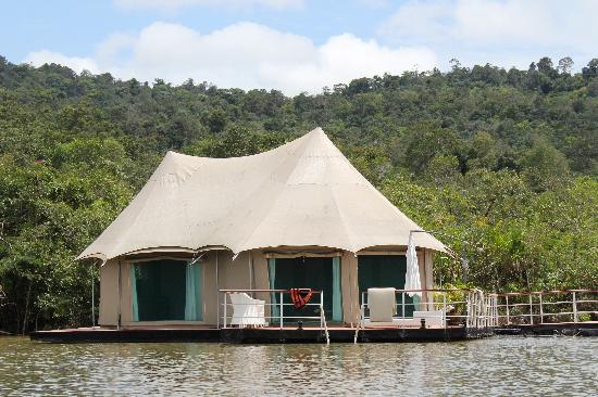 Goa - Floating tents