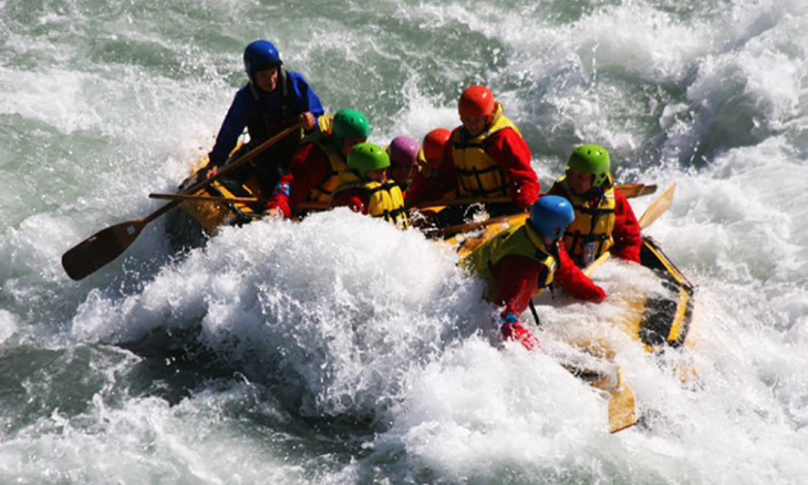 Teesta - The thrill of water rafting