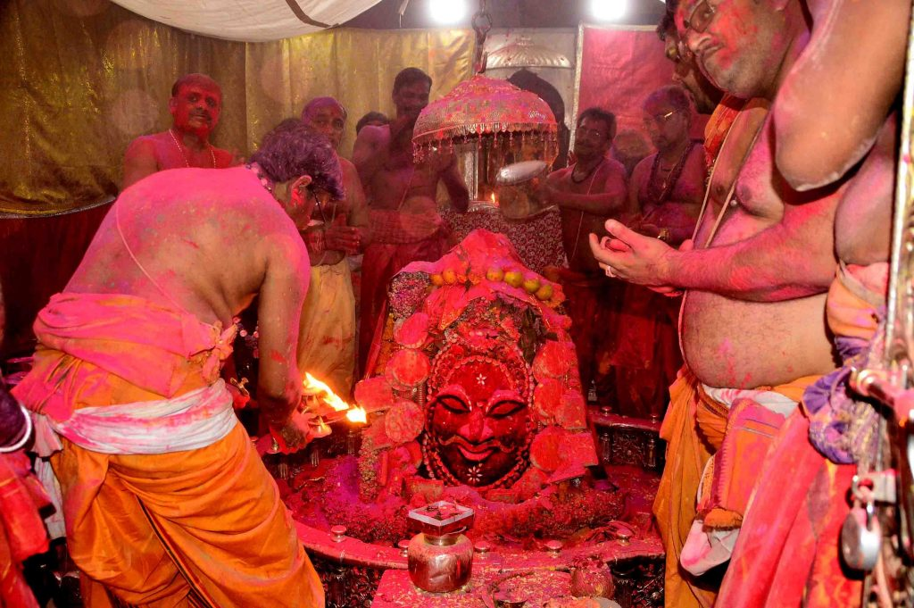 Top Ten places to celebrate Holi in India