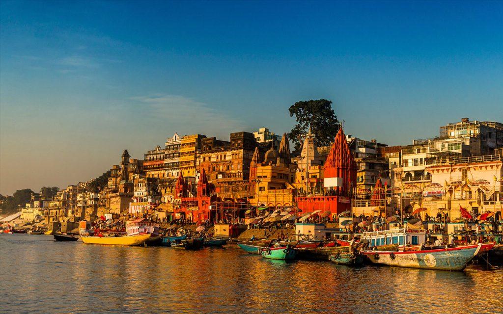 Feb Ka Long Weekend Aa Raha Hai…BHAAGO!