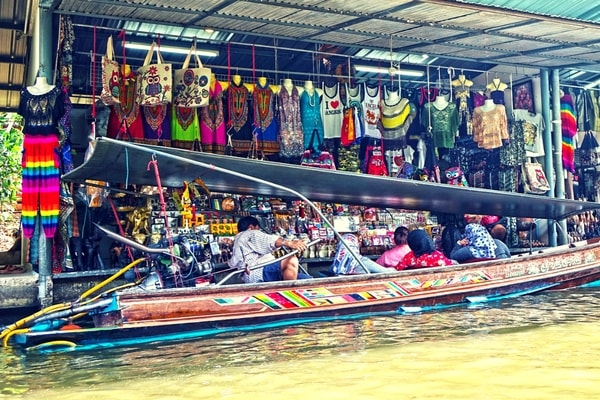 Shopping in Thailand - All About Thailand - A Brief Travel Guide