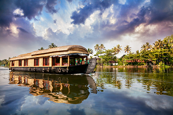 Everything You Need To Know About Houseboats in Kerala Backwaters