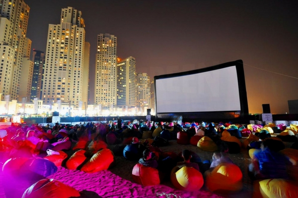 Cinema under the stars in Dubai