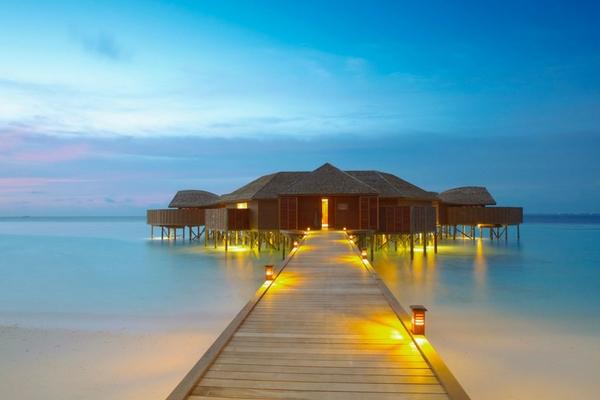 Huvahendhoo Island, Maldives