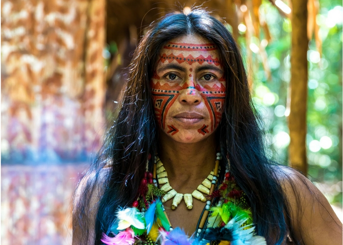 8 weird traditions and customs around the world