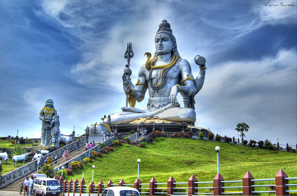Murudeshwara - Weekend Getaways from Bangalore