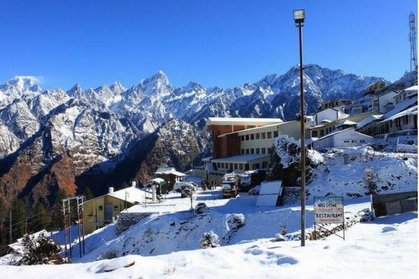 Snow in Auli, Uttarakhand