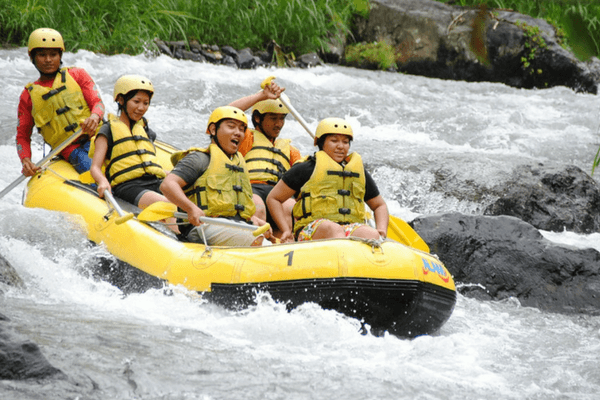 River Rafting in Teesta River, Honeymoon Destination