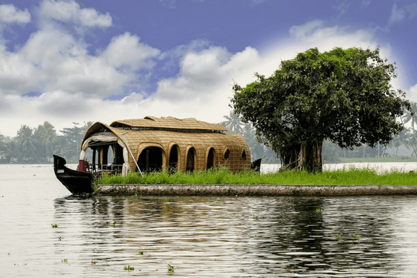 Backwaters Alleppey, Most Romantic Honeymoon Destinations In India