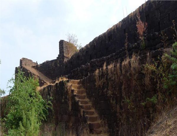 The Oldest Goan Fort -- 10 Places to see in Goa