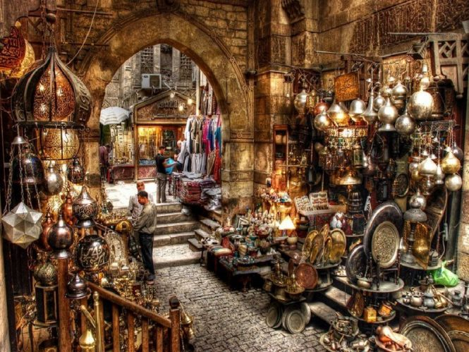Souq District-shopping in Egypt