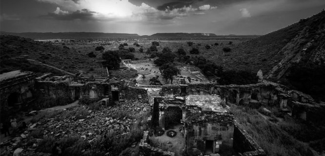 Bhangarh Fort-haunted places in India