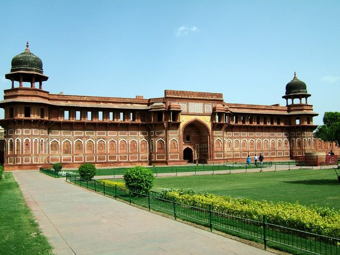 Agra Fort-historical places in India