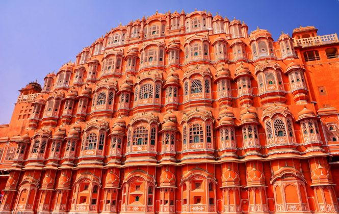 Hawa Mahal-historical places in India