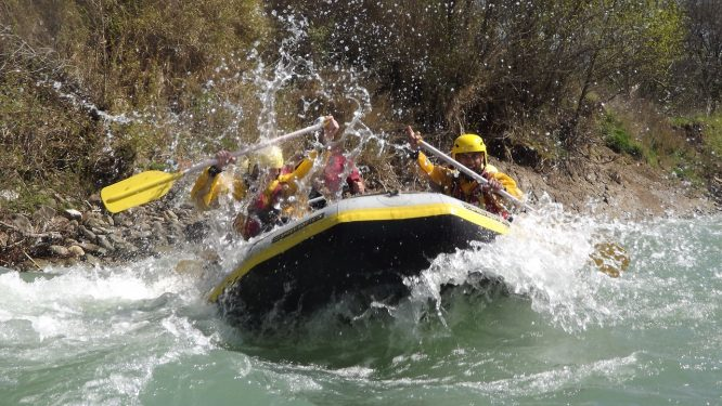 River Rafting-things to do in Ladakh