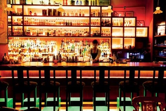 Bars and Clubs-China's Nightlife