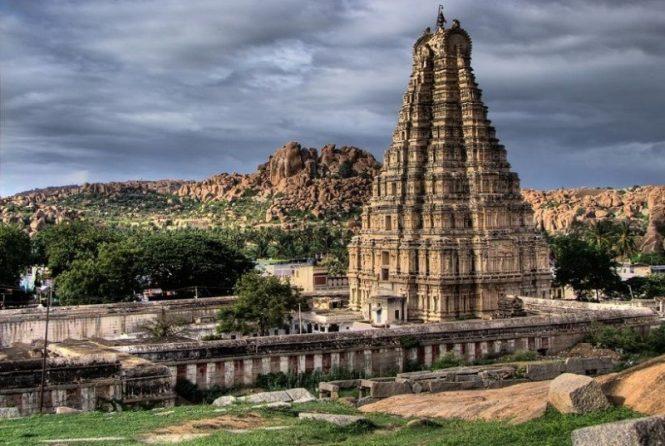 Sri Virupaksha Temple-places to visit in Hampi