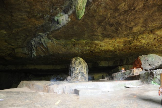 Mawjymbuin Cave-Places to visit in Shillong