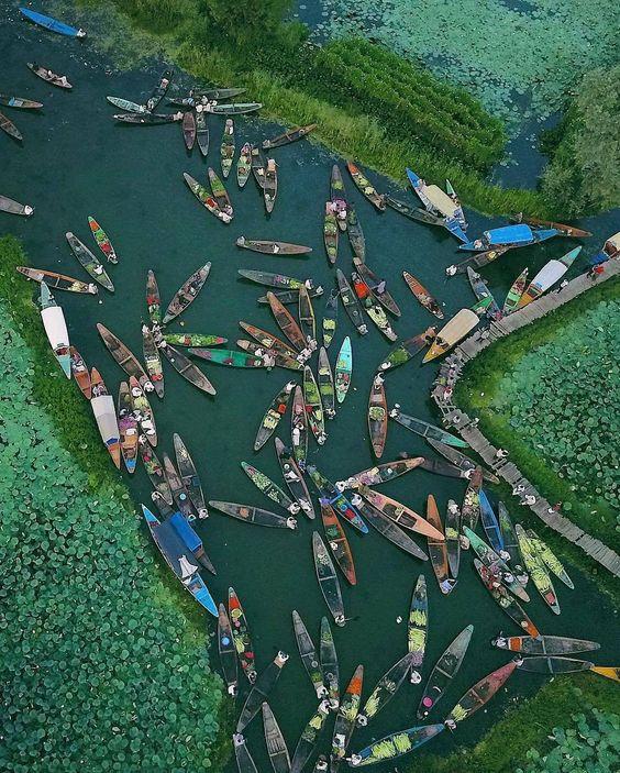 Floating market of Kashmir
