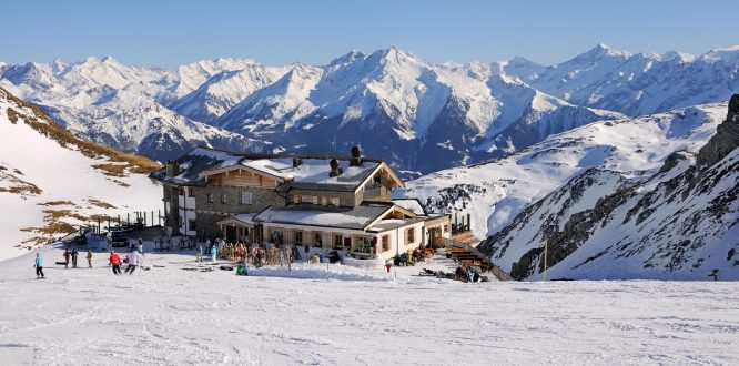 Snow Bombing in Mayrhofen- Things to do in Austria