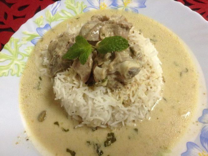 Yakhni-Kashmiri Food