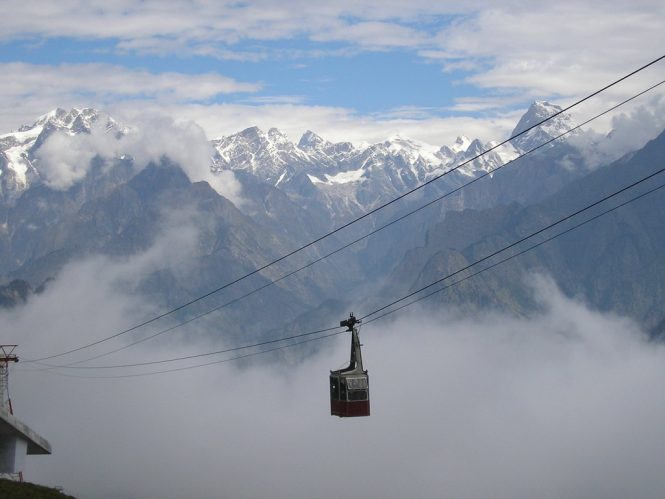 Auli- Best Hill Stations in India for Honeymoon