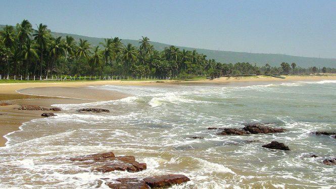 Yarada beach- Beach Destinations in India for Honeymoon