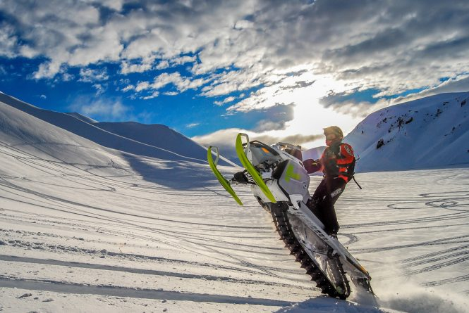 Skidoo- things to do in Iceland