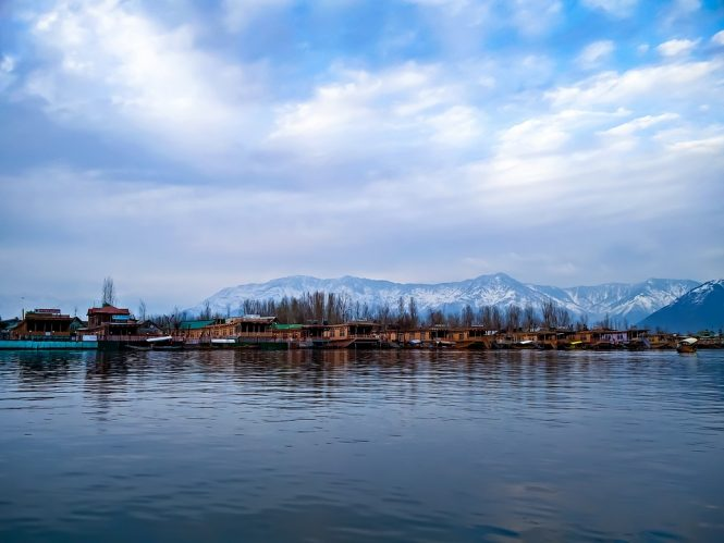 Srinagar- Best Budget Destinations in India for Honeymoon