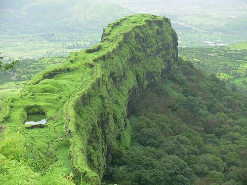 Lonavala and Khandala- Places to Visit near Mumbai During Monsoon