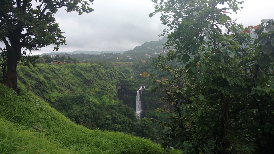 Lonavala- Places to visit in India during Monsoon