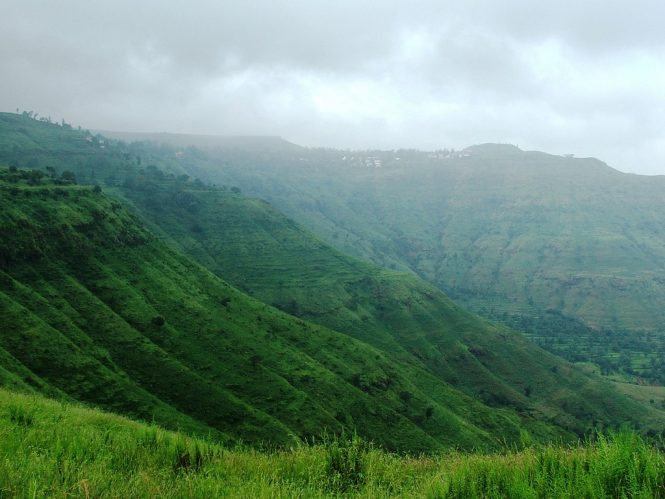 Panchgani- Places to Visit near Mumbai During Monsoon