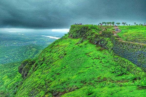 Sinhagad- Places to Visit Near Pune in Monsoon