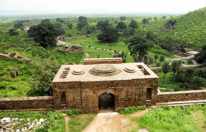 Where to Stay-Bhangarh Fort