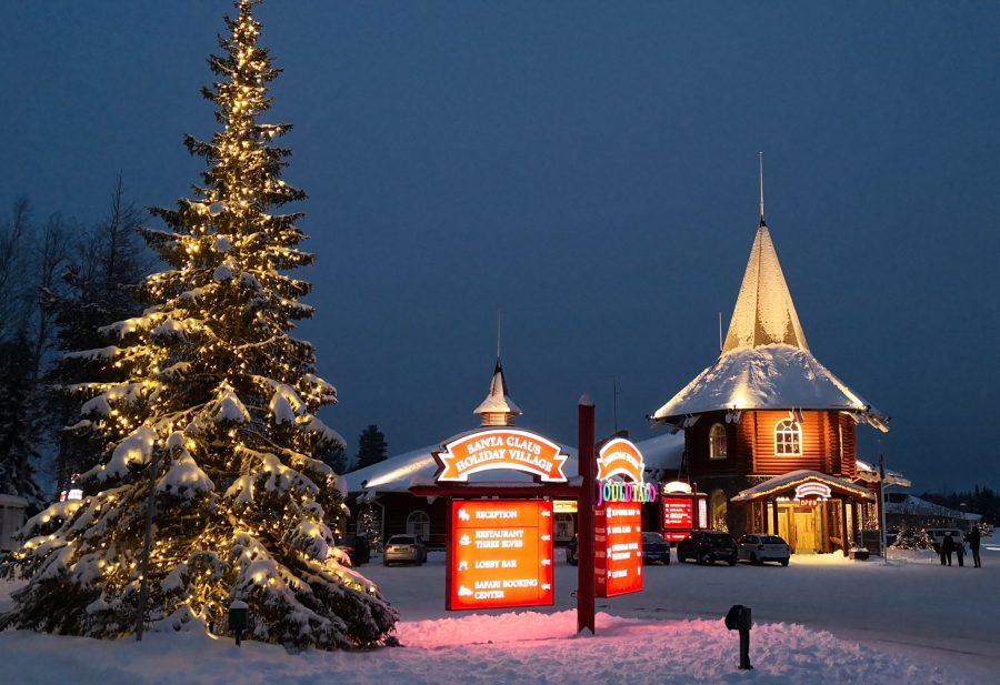 christmas-house-in-santa-claus-villlage - Christmas in Finland